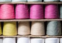 フラックスヤーンのカラーバリエーションが増えました。色指定も可能です。フラックス100%のカラー糸です。